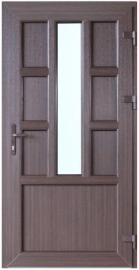 Riekstkoka krāsa, dizains un papildu aprīkojums padara PVC durvis ideāli piemērotas jebkura veida arhitektūrai un interjera dizainam
