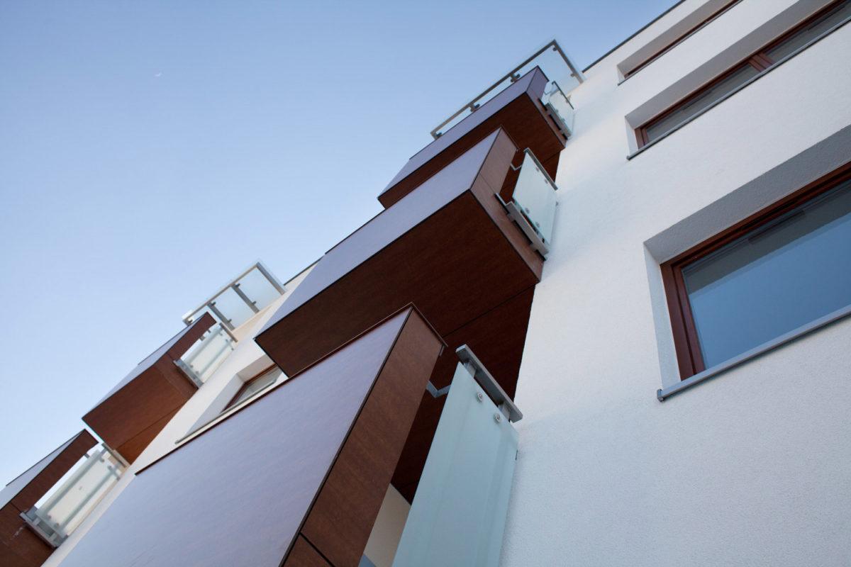 Mūsu PVC pakešu logu un durvju realizācijas piemērs MPO-012