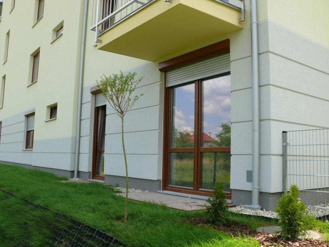 Mūsu PVC, plastikāta pakešu logu un durvju realizācijas piemērs MPO-013